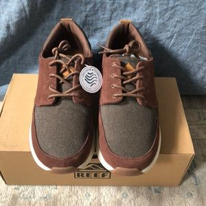 NWT and box Men's Reef Shoes